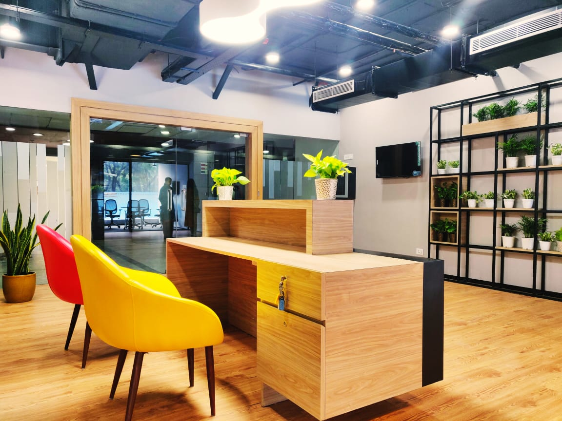 Pros and Cons of Shared Office Spaces