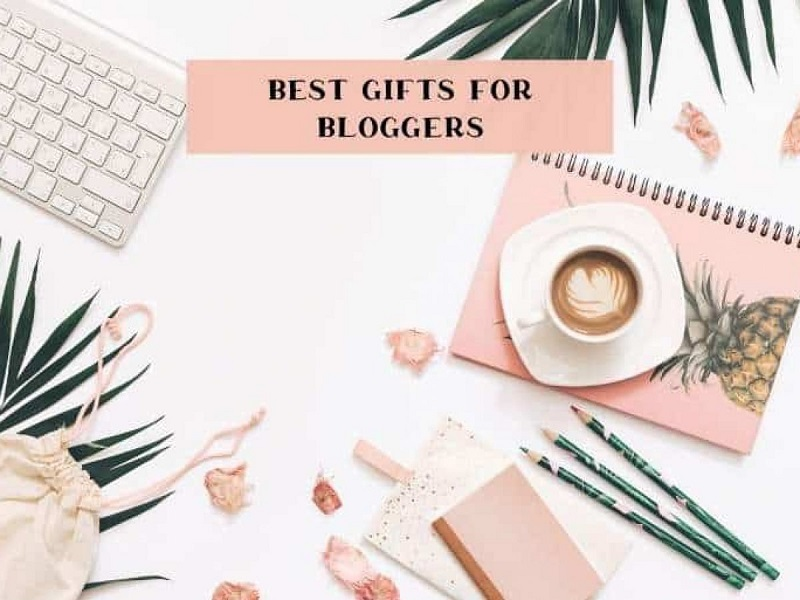 Fantastic Gift Ideas For Bloggers/Influencers